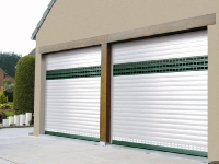 Aluminum roll-up garage door